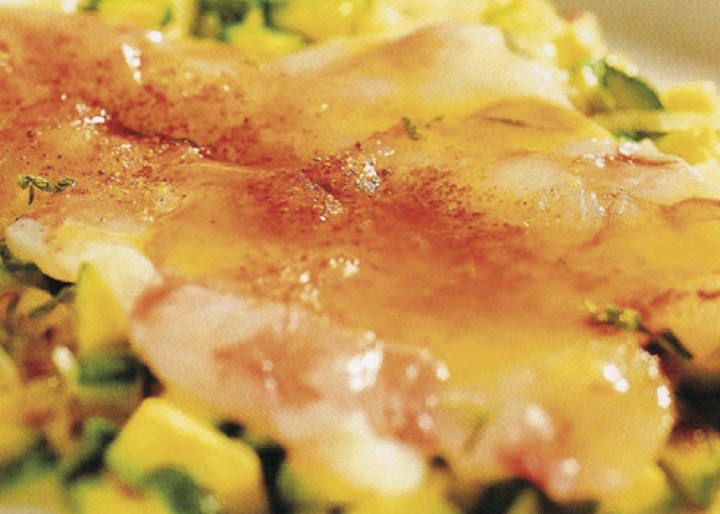 Carpaccio-di-gamberi-con-paprika-e-zucchine