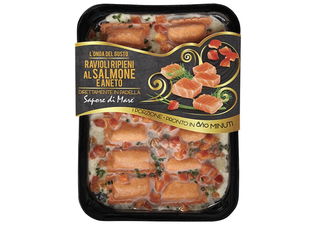 Ravioli ripieni di salmone e aneto